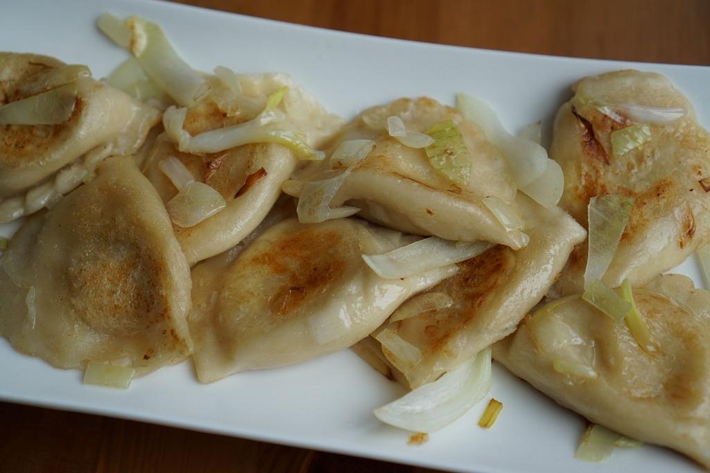 plato tipico polaco pierogi